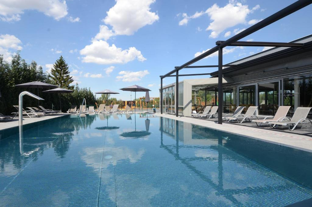 Booking.com: Hotel Aura Design & Garden Pool , Prag ...