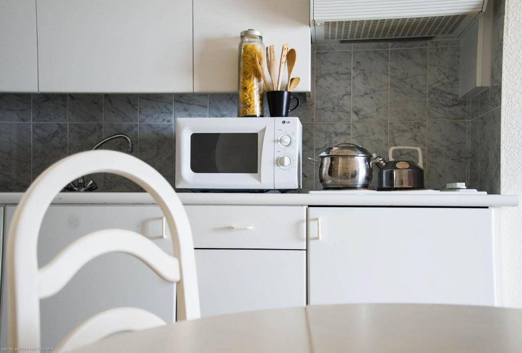 Cuisine ou kitchenette dans l'établissement Top Apartment Ostend