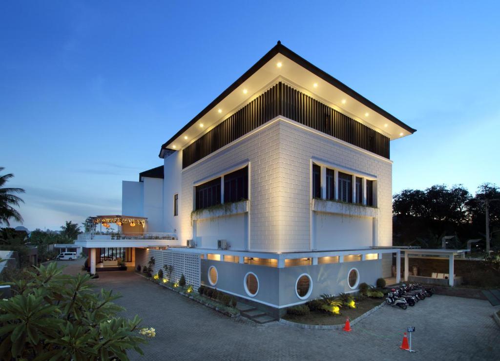 Helios Hotel Bone Watampone Indonesia