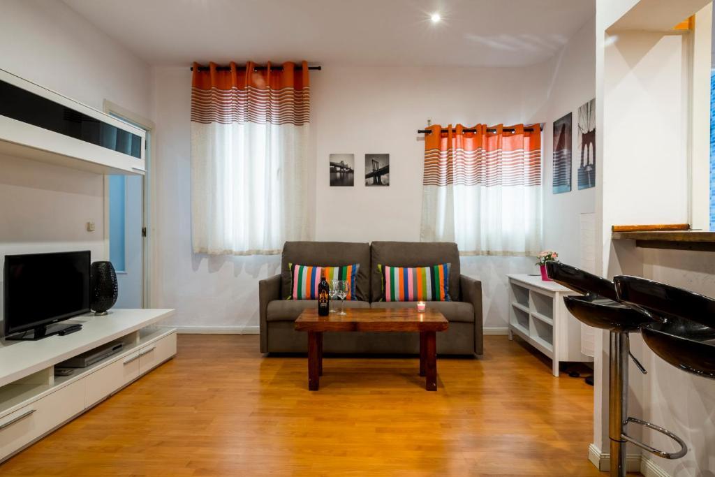 Astounding Apartment Colegiata Madrid Spain Booking Com Ncnpc Chair Design For Home Ncnpcorg