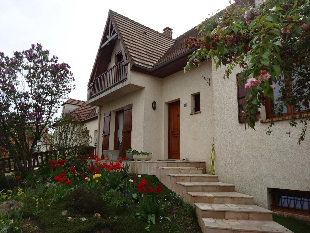 Pension 2 Chambres-Disneyland Paris , Saint-Thibault-des ...