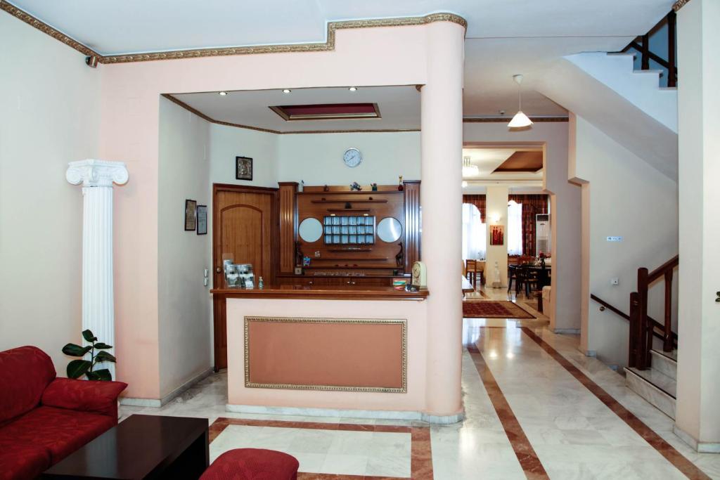 Lobby/Rezeption in der Unterkunft Alexiou Hotel