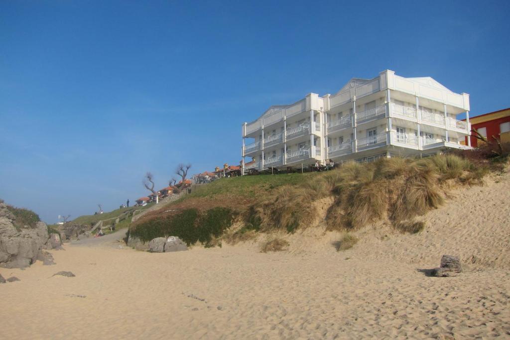 Hotel Pineda Playa (España Noja) - Booking.com