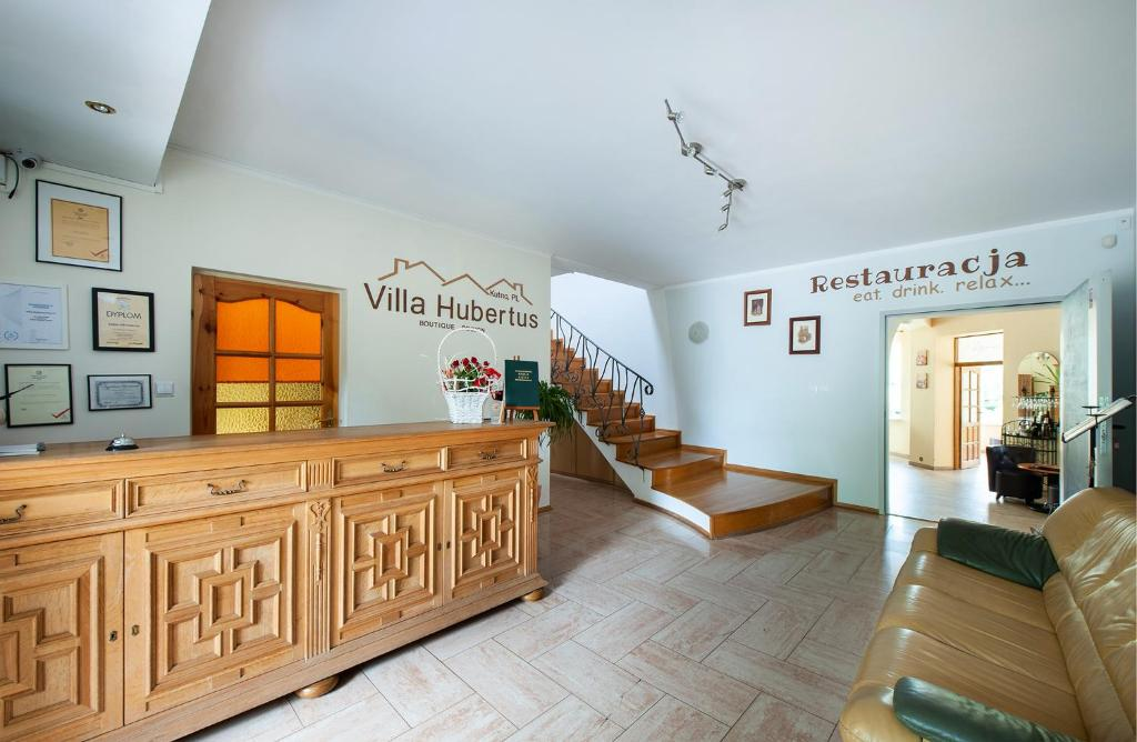 El vestíbulo o zona de recepción de Hotel Villa Hubertus Kutno