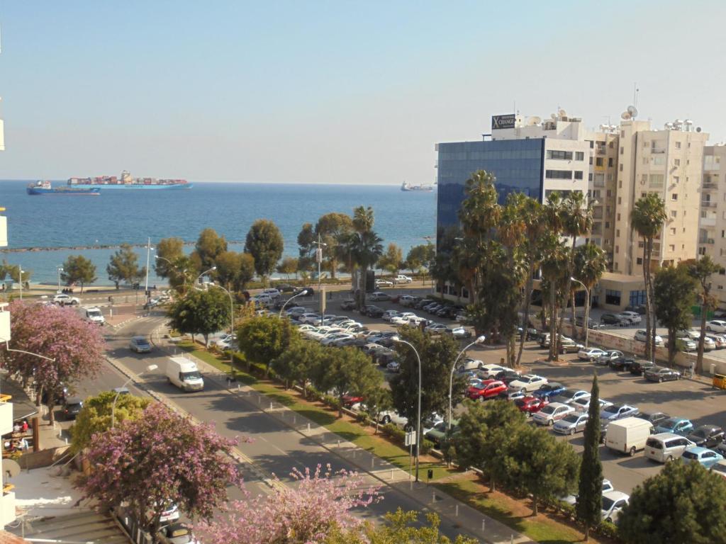 hook up in Limassol proces van online dating
