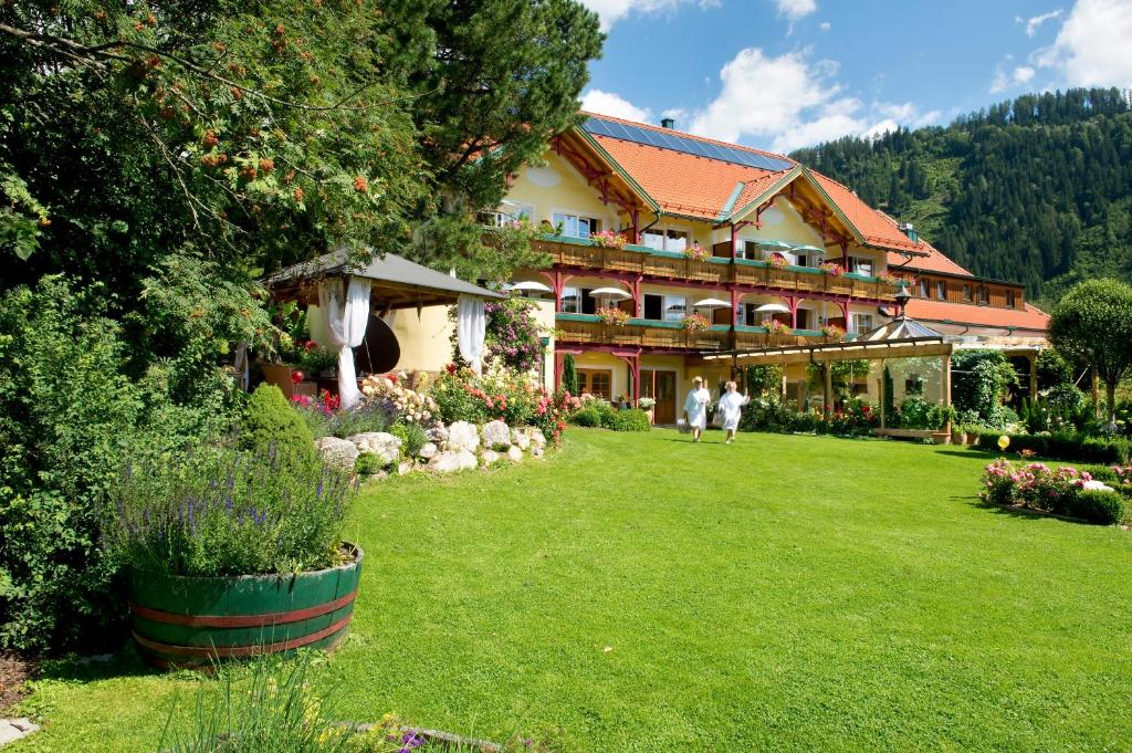 Single-Urlaub mit Kind Offers and All-inclusive prices Murauer