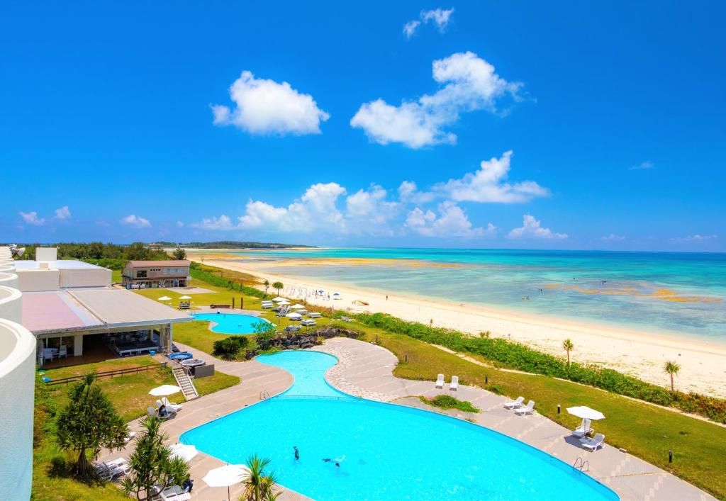 A view of the pool at Kumejima Eef Beach Hotel or nearby