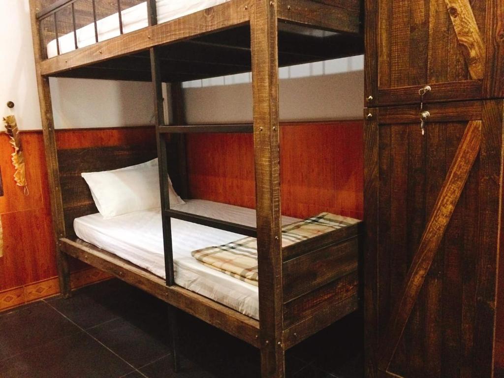 Phòng Ngủ Tập Thể Cho Nam
