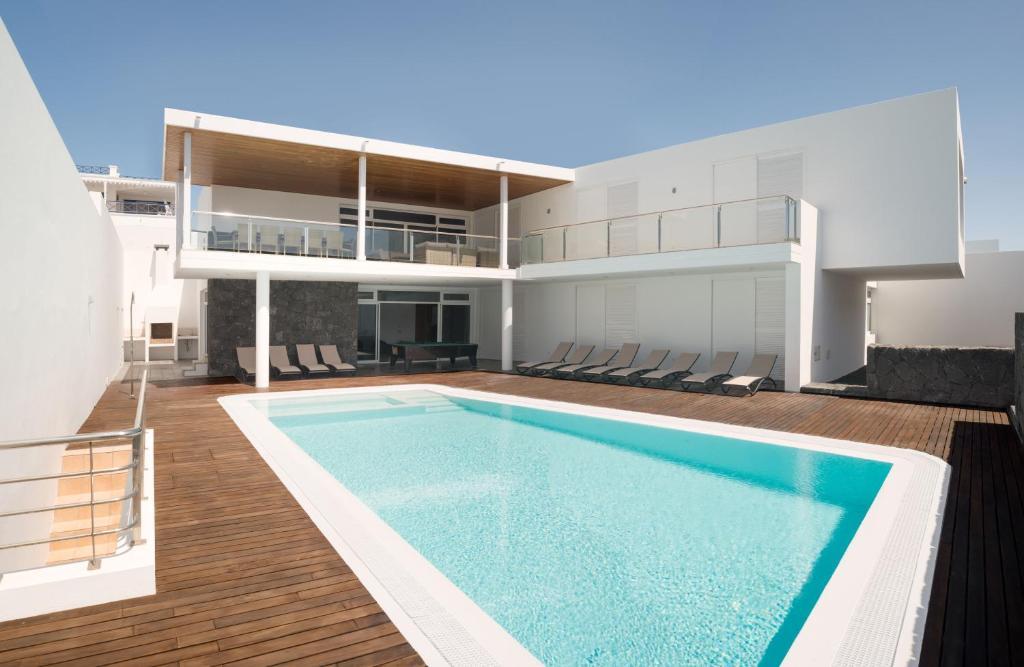 Villa Capri (Spanje Puerto Calero) - Booking.com