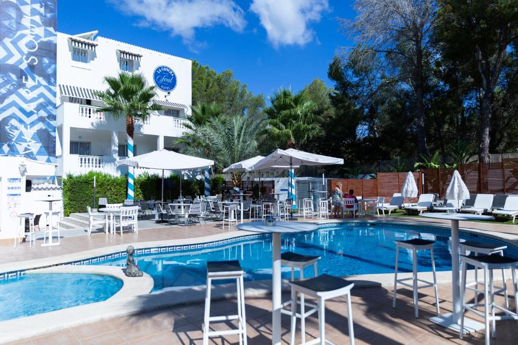 The swimming pool at or near La Concha Soul Boutique Hotel