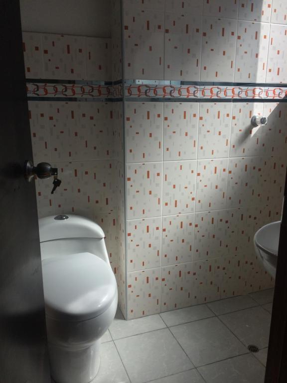Un baño de Allison 1
