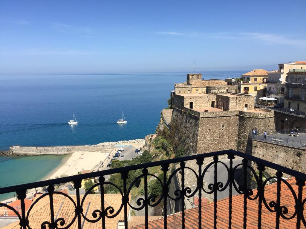 A balcony or terrace at Dependance delle Grazie