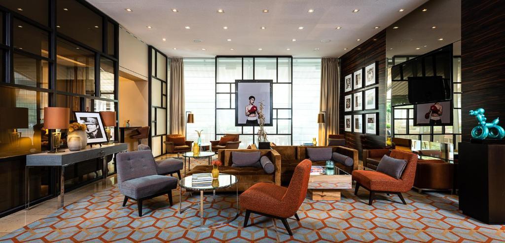 Lobby/Rezeption in der Unterkunft Ameron Hotel Regent