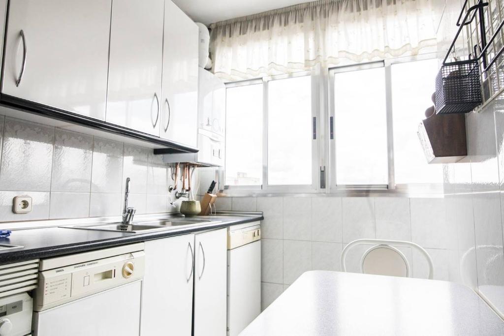 Lovely apartment near Casa de Campo & Madrid Rio, Spain ...