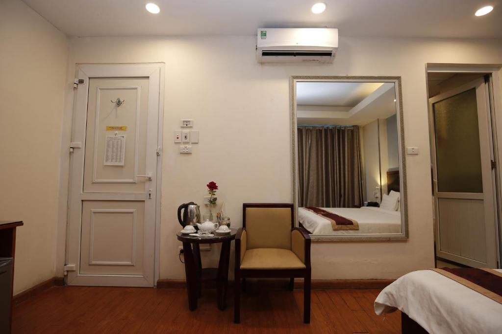 A25 Hotel - Chau Long