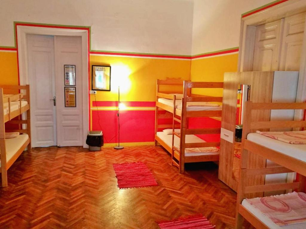 Downtown Hostel Novi Sad