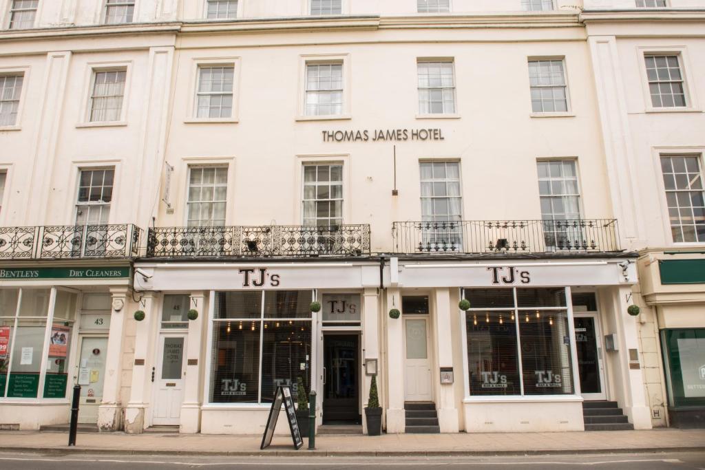 Thomas James Hotel Leamington Spa Uk Bookingcom
