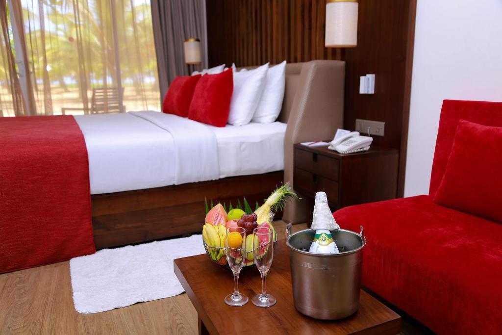 goede service halve prijs ongeslagen x Pegasus Reef Hotel, Colombo, Sri Lanka - Booking.com