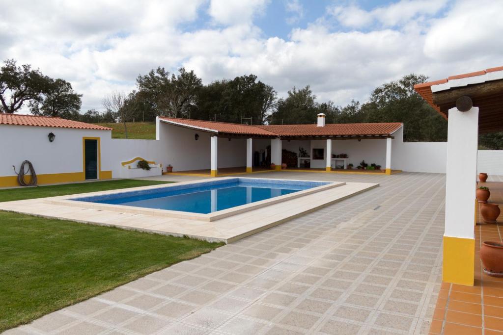 Casa do Outeiro, Figueira e Barros (com fotografias e ...