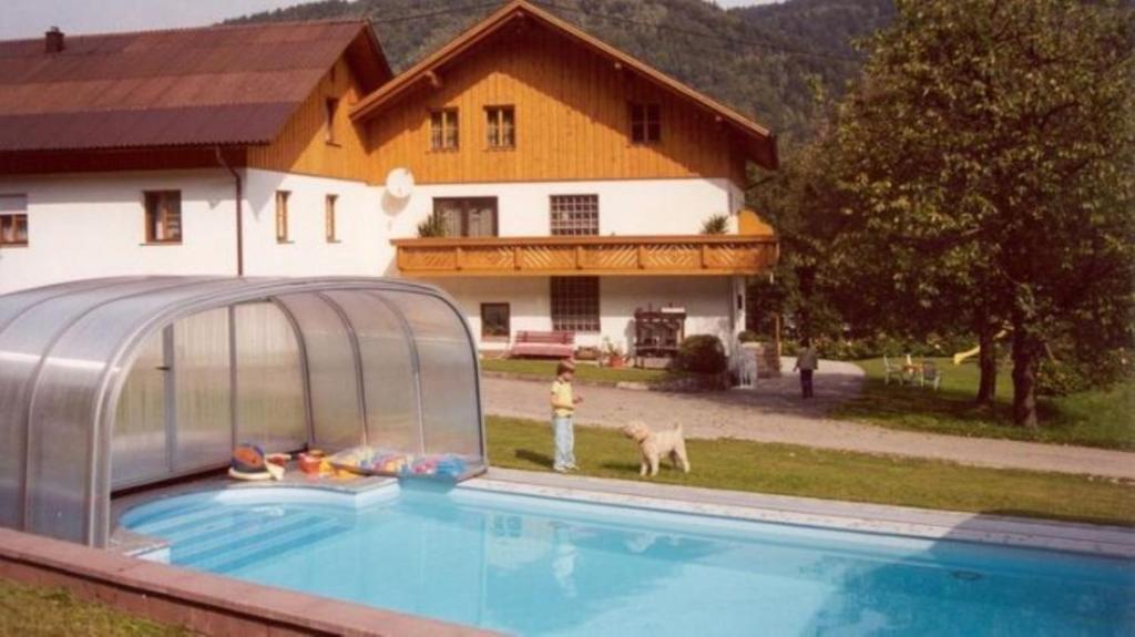 Der Swimmingpool an oder in der Nähe von Pension Bernhards