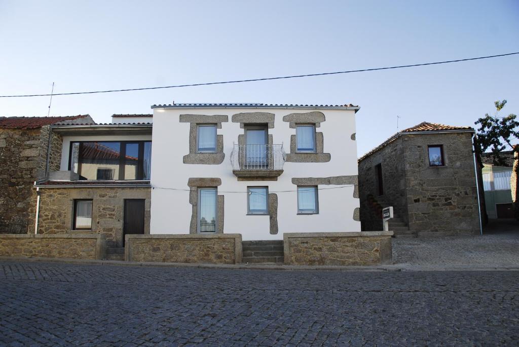 Country House Casas da Pedra, Aldeia do Bispo, Portugal ...
