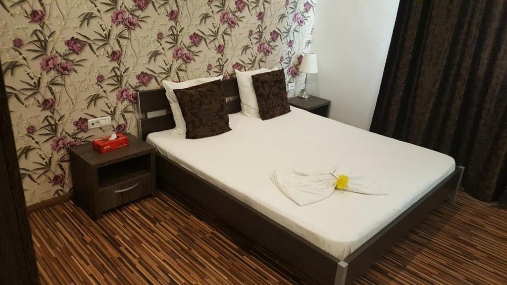 Hotel Viva Ploiesti Romania Booking Com