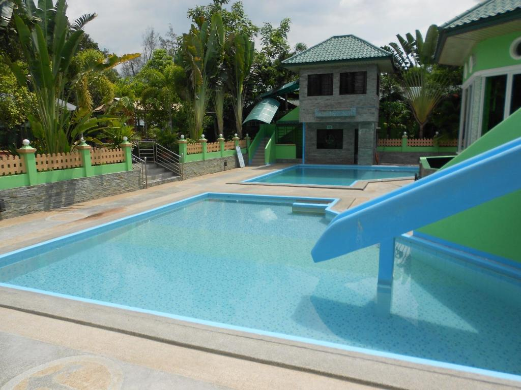 The swimming pool at or close to Dureme Mansion Hotel and Resort
