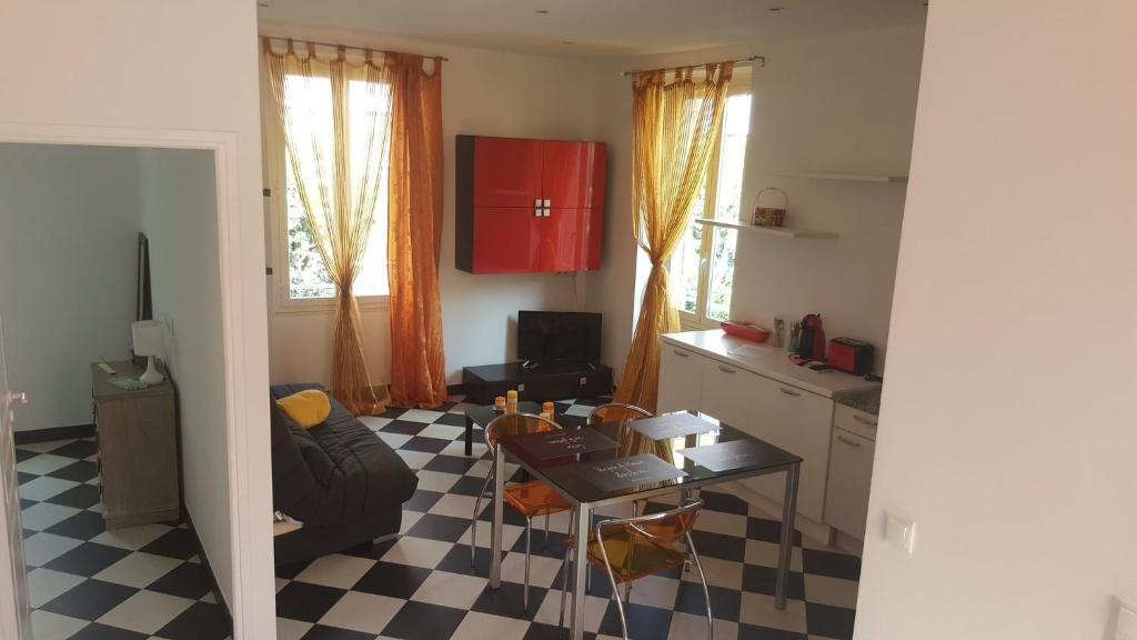Apartment Chez Fifine Roquebrune Cap Martin France Booking Com