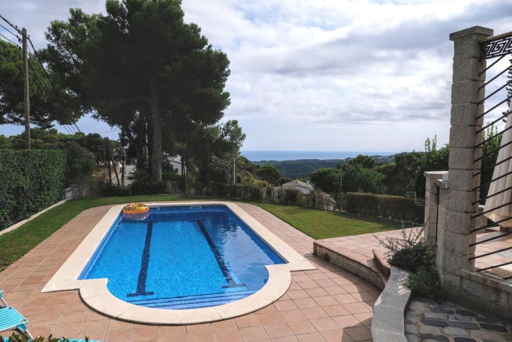 VILLA PICHEL ¡Piscina + Vistas Mar y Montaña! 11p (España ...