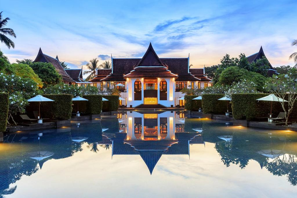 The swimming pool at or close to JW Marriott Khao Lak Resort and Spa