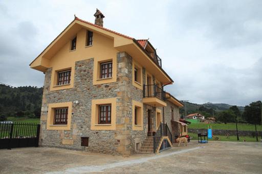 Casa de vacaciones Vivienda Rural La Mazuga (España ...