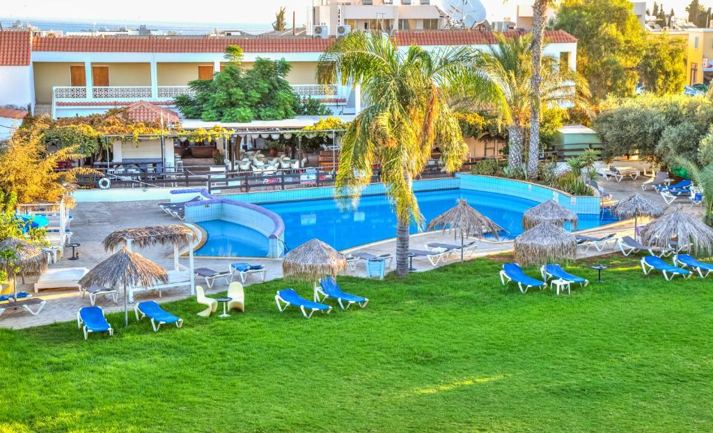 A view of the pool at Captain Karas Holidays Apartments or nearby