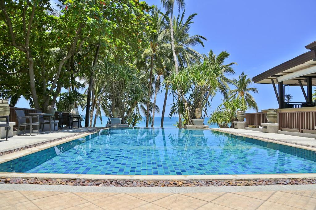 The swimming pool at or near Impiana Resort Chaweng Noi, Koh Samui