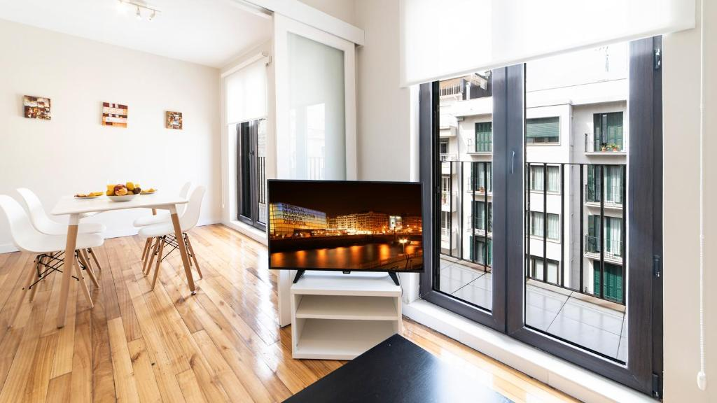 Concha Beach Apartment - SSHousing, San Sebastián – Precios ...