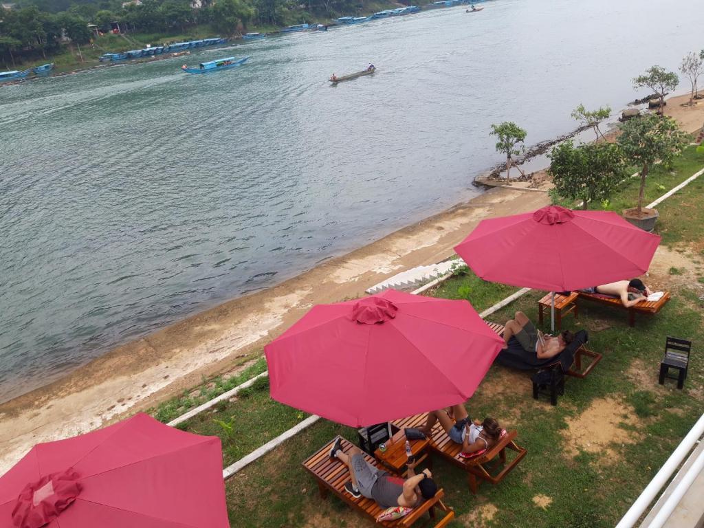 Bungalow Riêng Nhìn ra Sông