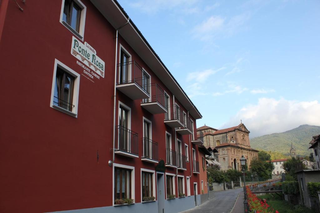 Het gebouw waarin de herberg zich bevindt