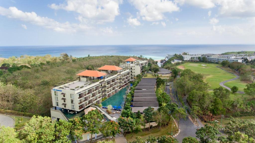 A bird's-eye view of Wyndham Dreamland Resort Bali