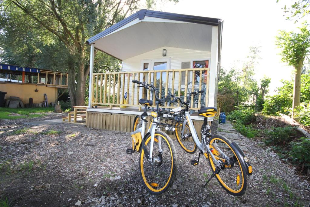 Minis Picture of Rent a Bike van Dam, Noordwijkerhout