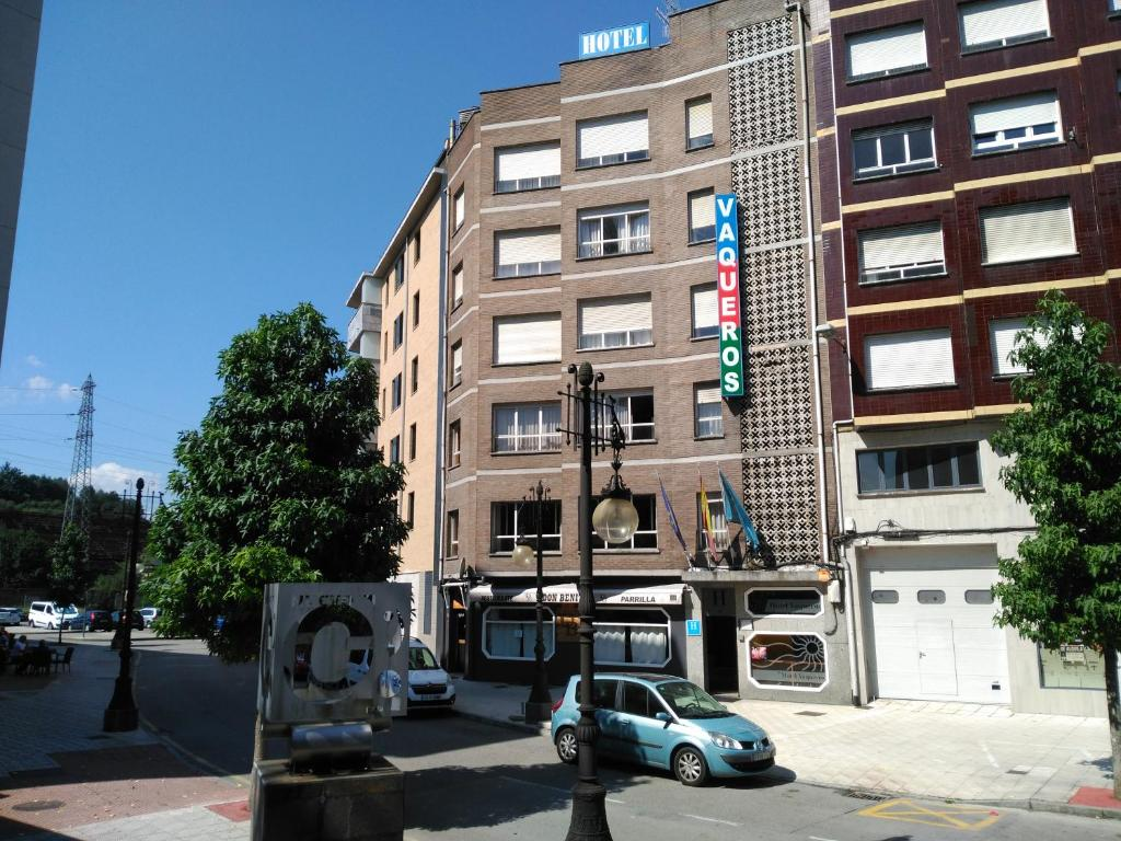 Hotel Vaqueros, Langreo, Spain - Booking.com