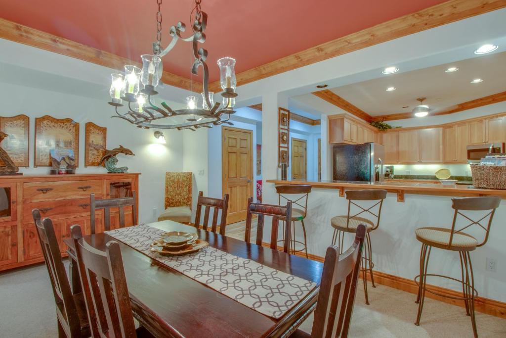 Vacation Home Brookside Retreat Avon Co Booking Com