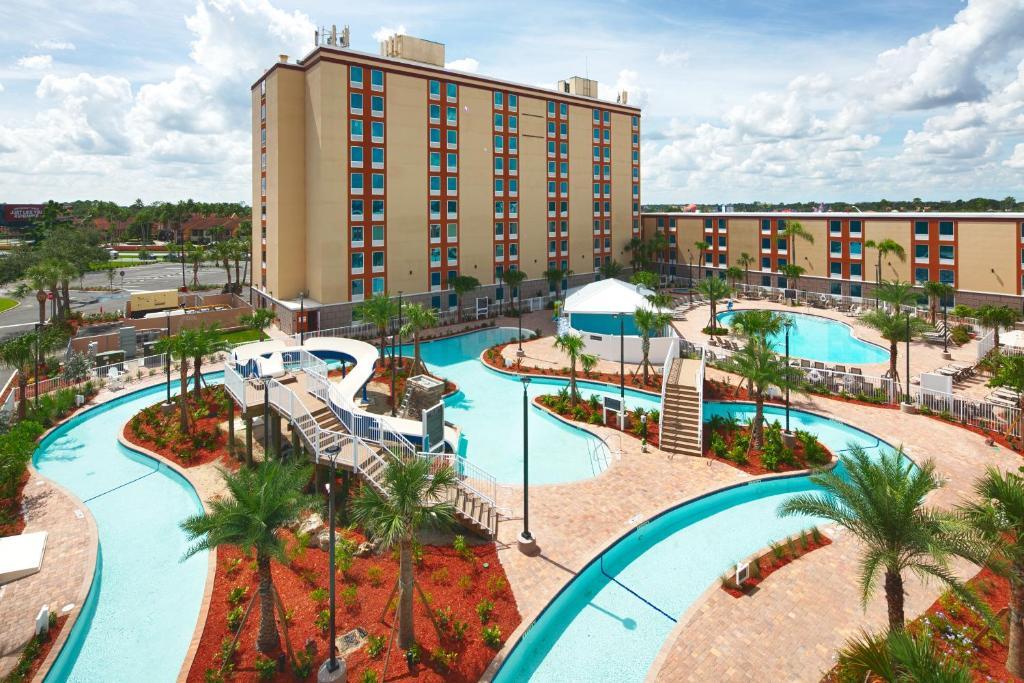 Vista de la piscina de Red Lion Hotel Orlando Lake Buena Vista South- Near Disney o alrededores