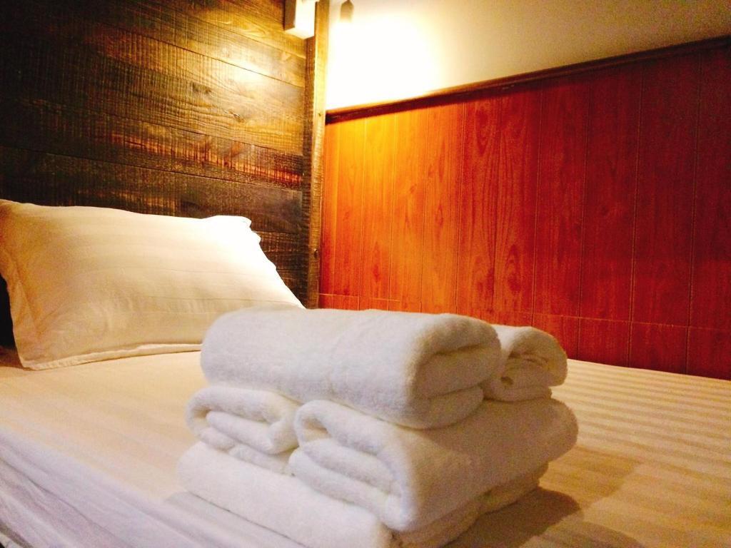 Phòng ngủ Tập thể cho cả Nam và Nữ 6 Giường