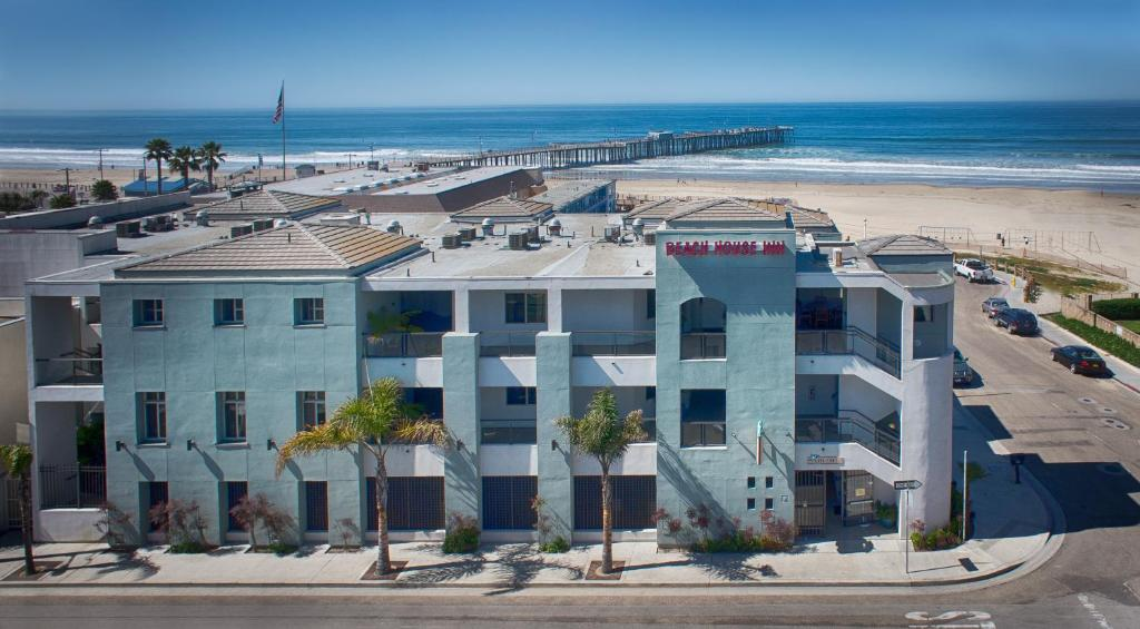 A bird's-eye view of Beach House Inn & Suites