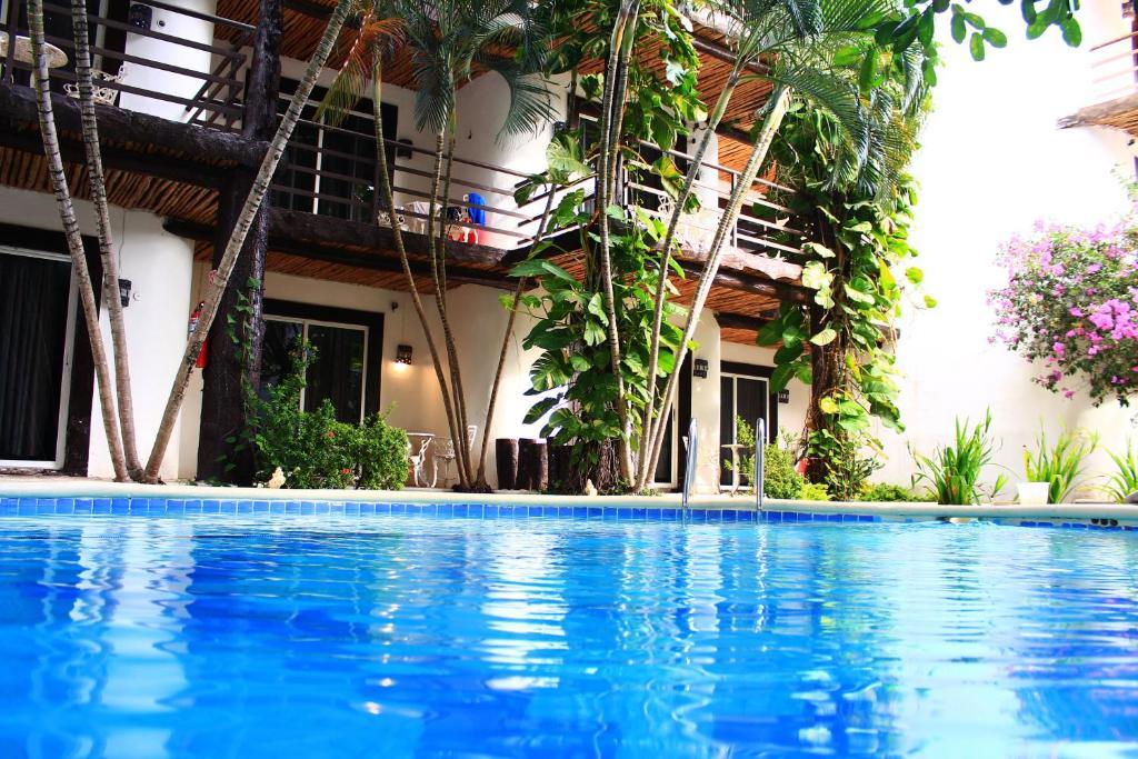 Hotel Maya del Carmen (Mexico Playa del Carmen) - Booking.com