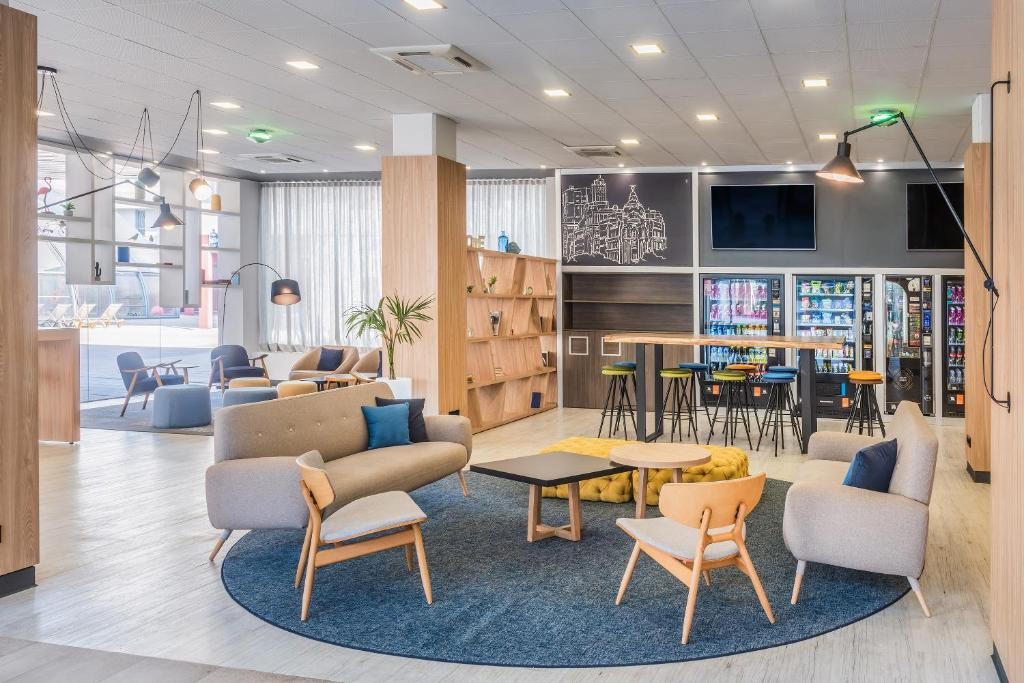 Tryp Madrid Airport Suites, Madrid – Updated 2019 Prices