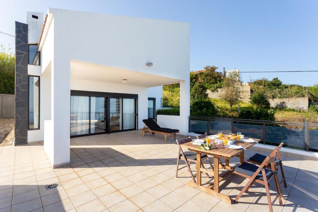 Amplia Villa Con Vistas Al Mar Y Terraza Tacoronte Spain
