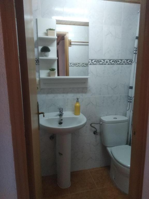 Apartamentos loli (Espanha Berga) - Booking.com