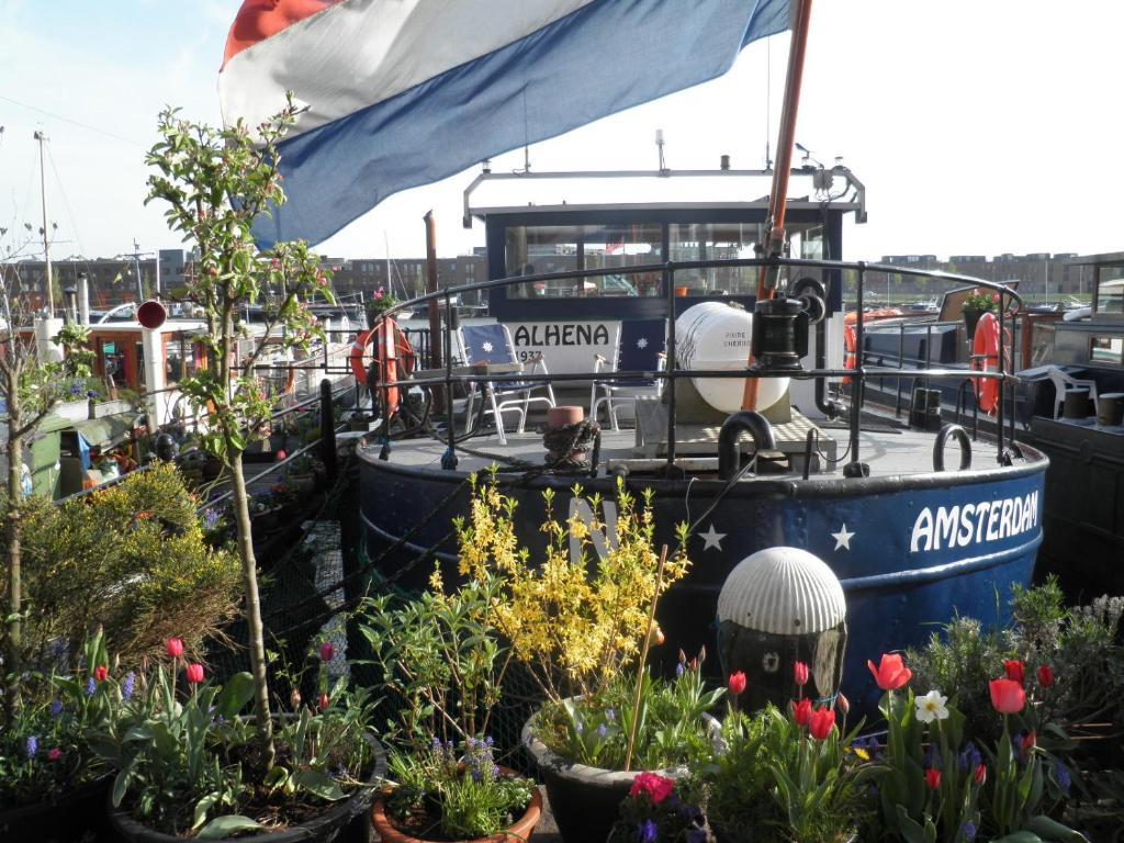 Boat & Breakfast Alhena, Amsterdam – Updated 2019 Prices