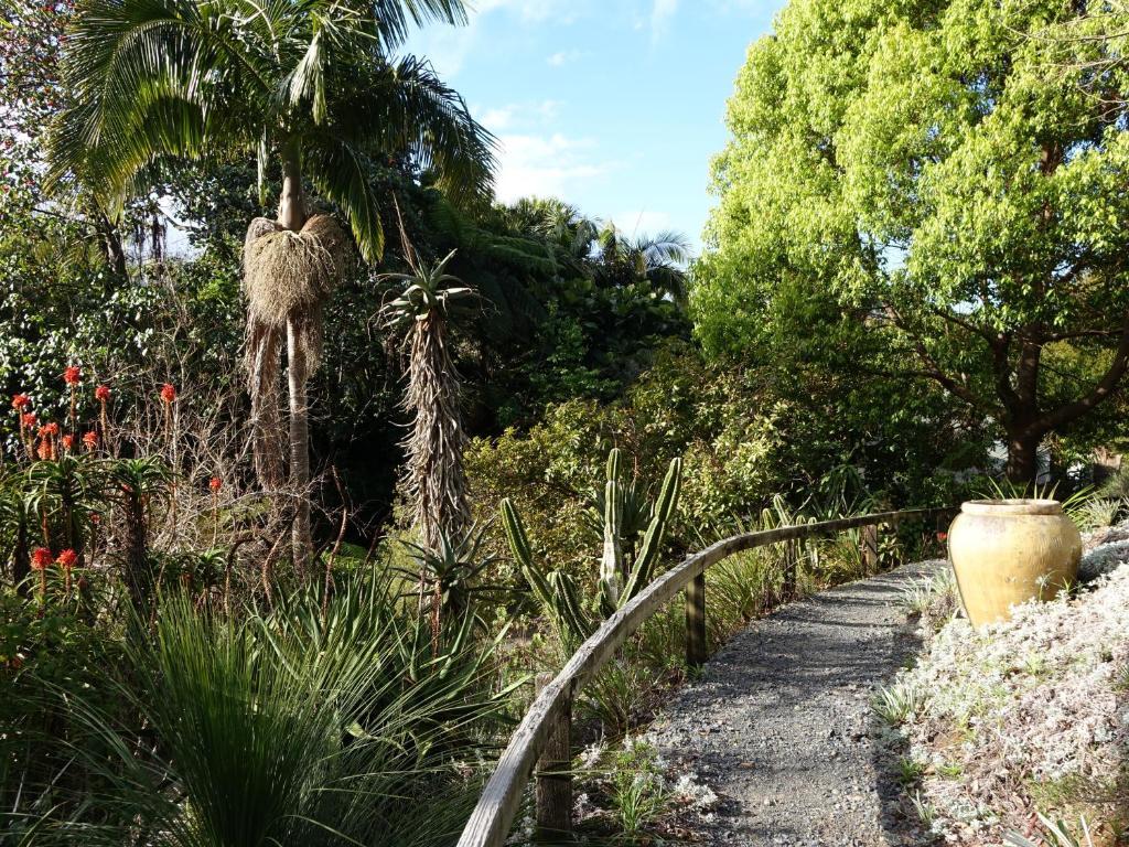 Wharepuke Subtropical Accommodation