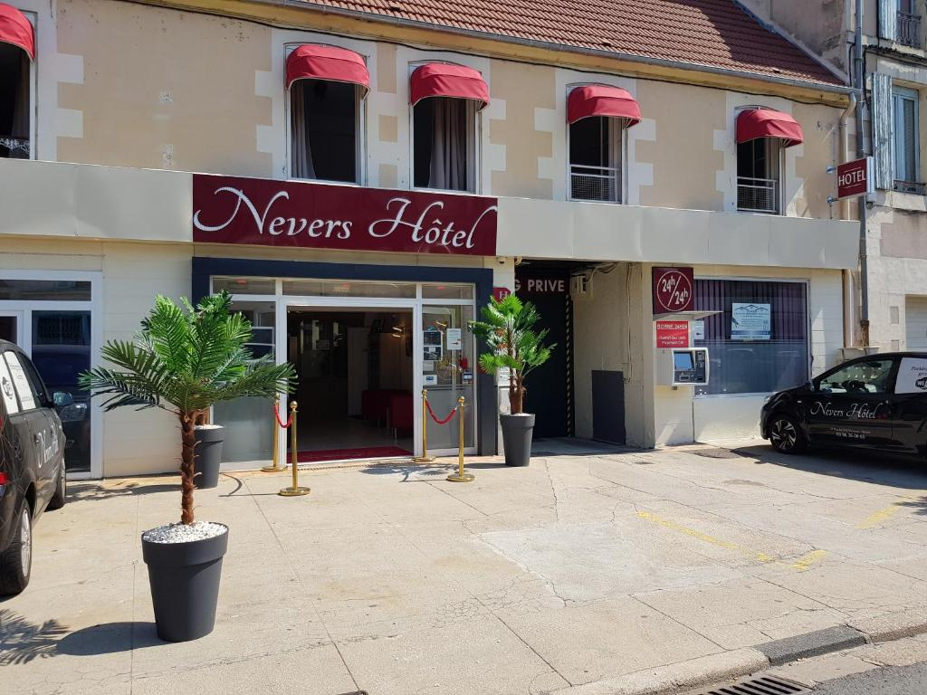 Nevers Hotel, France - Booking.com